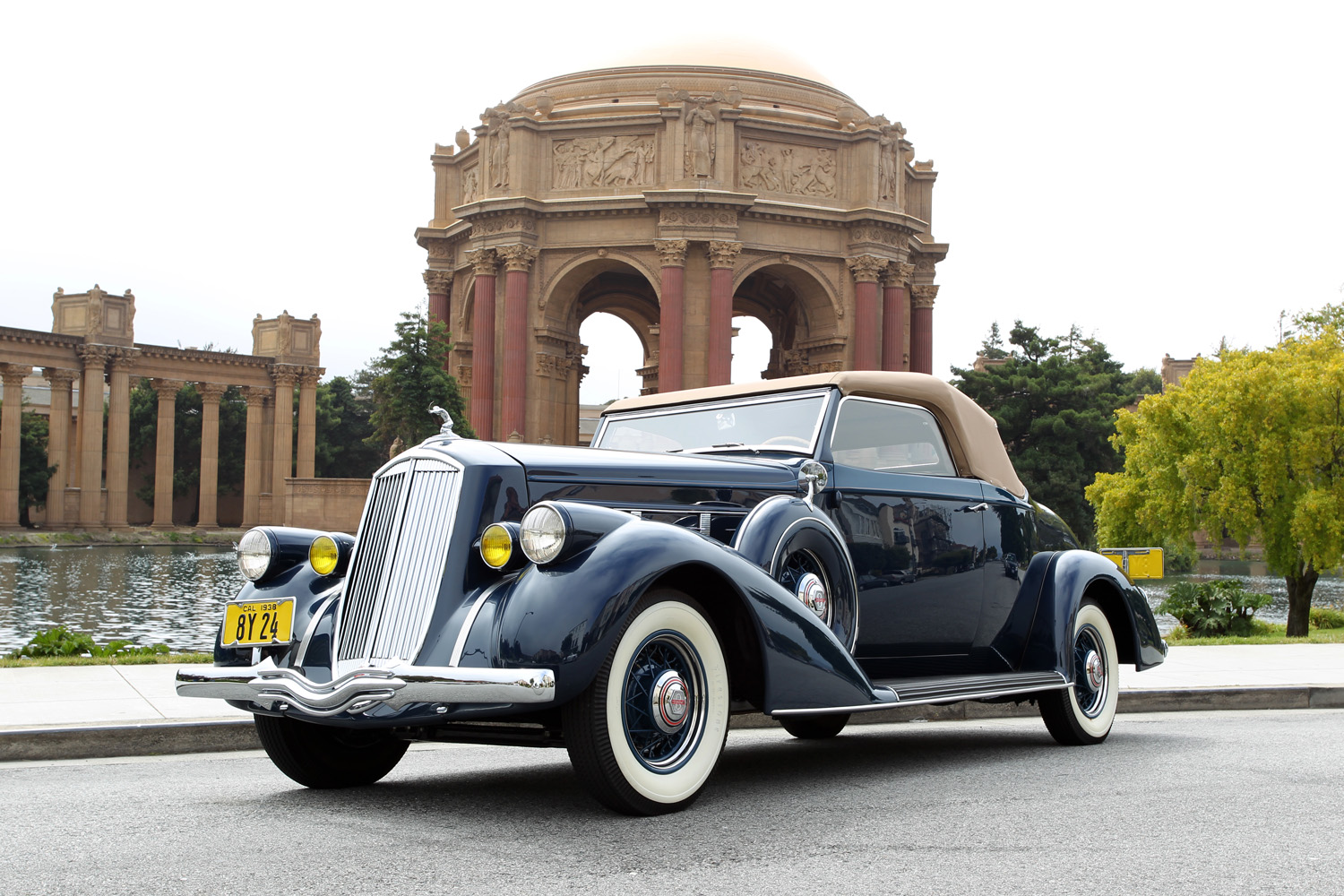 1938 Pierce Arrow