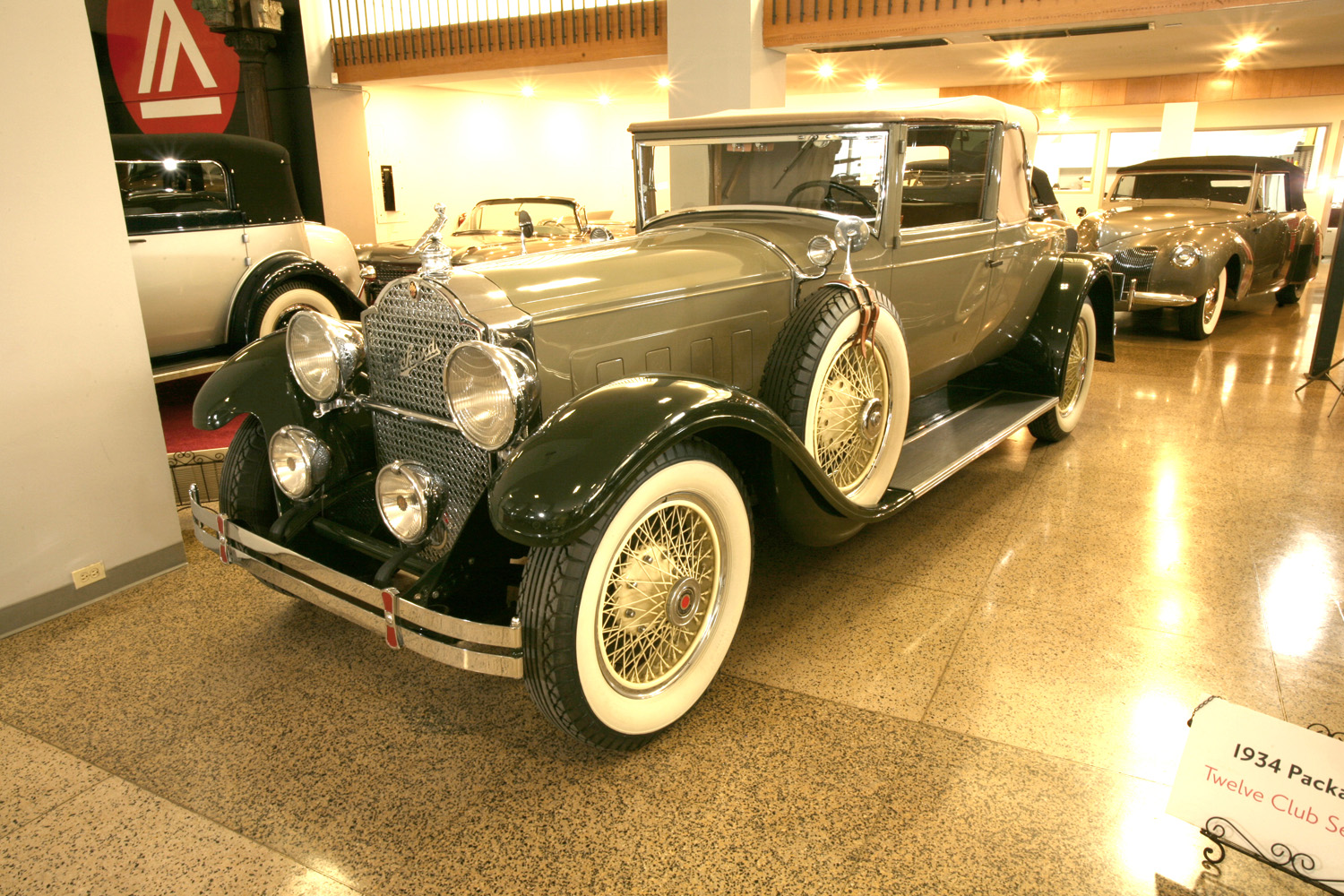 1929 Packard Model 640 Custom 8 Convertible Coupe