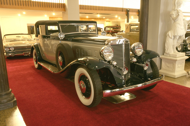 1932 Marmon V16 Convertible Sedan