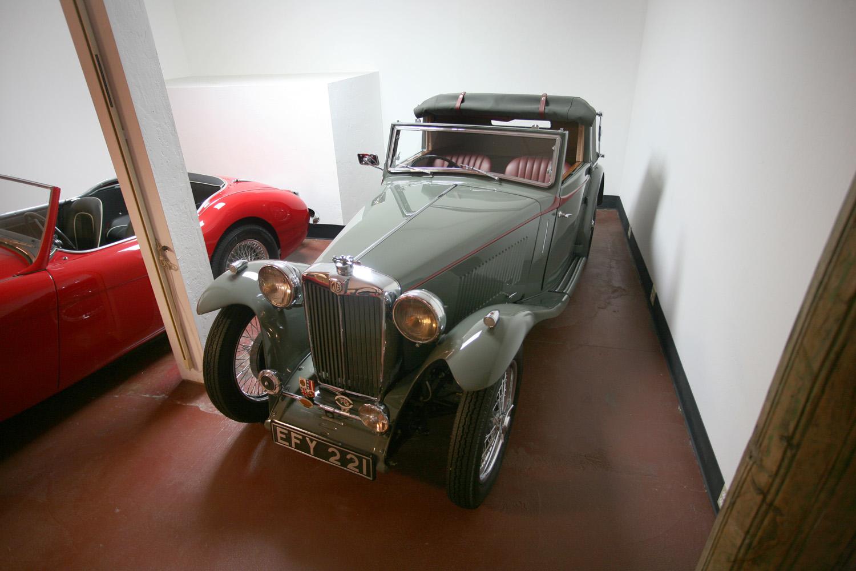 1938 MG TA Tickford 3 Position