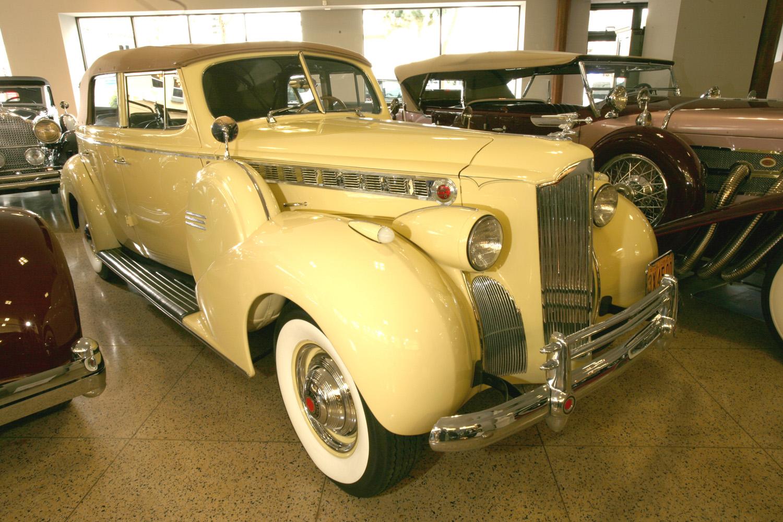 1940 Packard Model 1803 Convertible Sedan